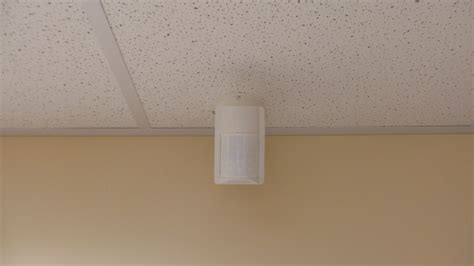 ceiling motion detector pir motion detector pet immune indoor motion sensor