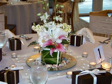Simple Wedding Table Decorations Simple Wedding Centerpieces Ideas
