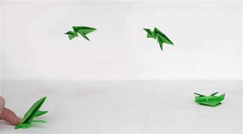 How To Make A Paper Frog That Jumps High - origami jumping frogs easy folding it s