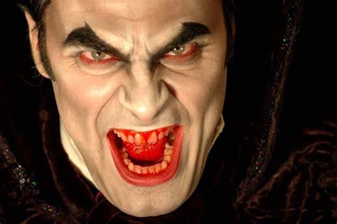 transylvania dracula dracula battles hitler this october pophorror