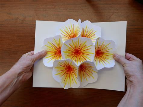 How To Make Easy Paper Flowers For Cards - how to make a bouquet flower pop up card