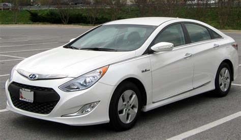Courtesy Kia Of Ta Hyundai Sonata Hybrid Is The Government S Green Car Of