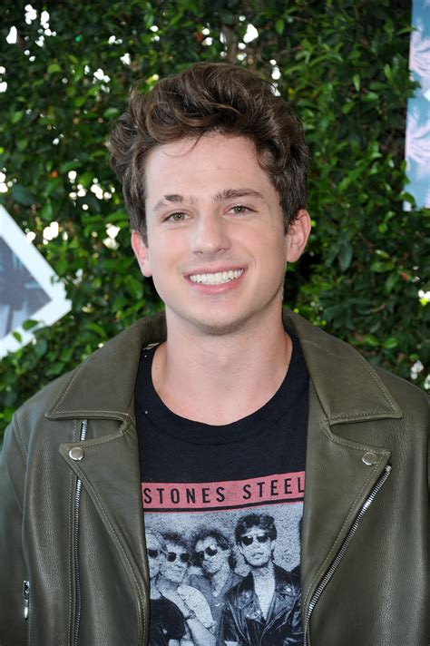 charlie puth young host victoria justice performer charlie puth walk 2016