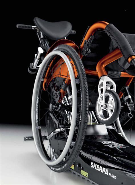 montascale mobile a ruote comfort montascale mobili a ruote e a cingoli