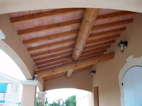 plafond poutre apparente plafond avec poutre apparente digpres