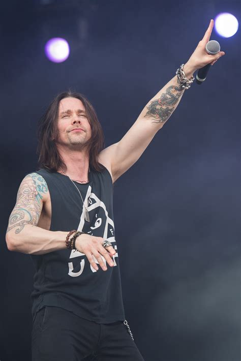 myles kennedy wikipedia