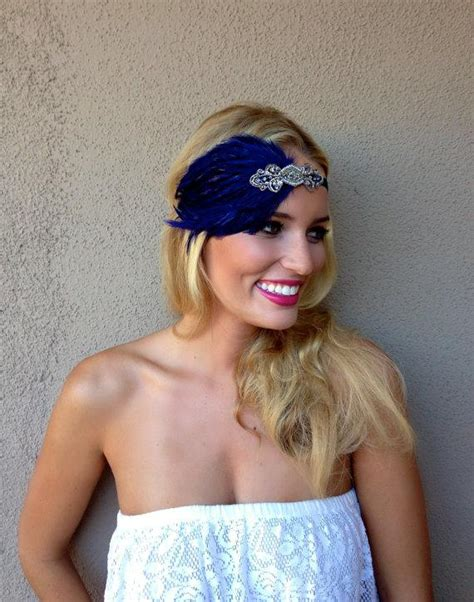 what color is daisys hair in the great gatsby bridesmaid headband 1920s wedding black or beige feather
