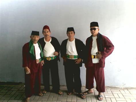 Baju Pangsi Betawi Baju Pitung Baju Adat Betawi Geliat Baju Pangsi Betawi Di Era Modern Jakartakita