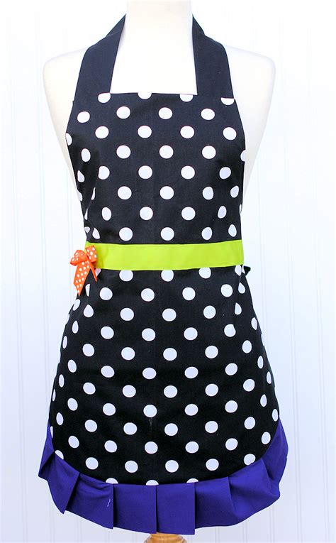 pattern for simple apron cute witch apron pattern crazy little projects