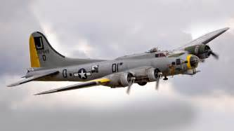 Airplanes warbird b-17 flying fortress wallpaper | (18591) B 17 Flying Fortress Wallpaper
