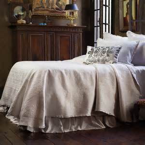 Ruffled Coverlet Lili Alessandra Battersea King Bedspread In Ivory