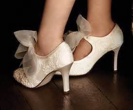 bridal shoes designer january 2011