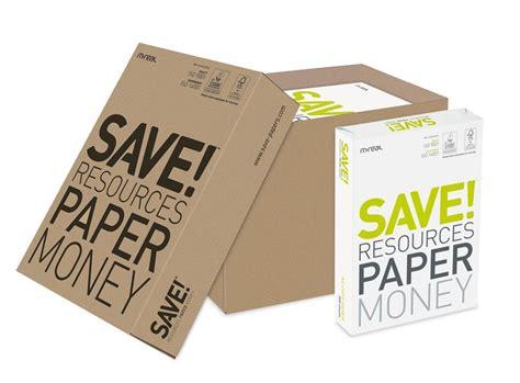 materiale da ufficio produzione di una risma di fogli a4 carta e materiale da