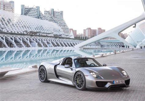 porsche hybrid supercar porsche s new hybrid supercar 918 spyder marketwatch