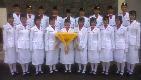 Pakaian Dinas Upacara Paskibra Pasukan Pengibar Bendera Paskibra Pakaian Anggota Paskibra