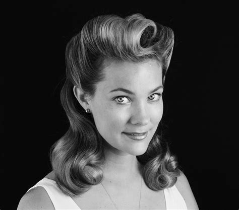1940s style with fine hair get the look 1940 s hair the beachwaver co