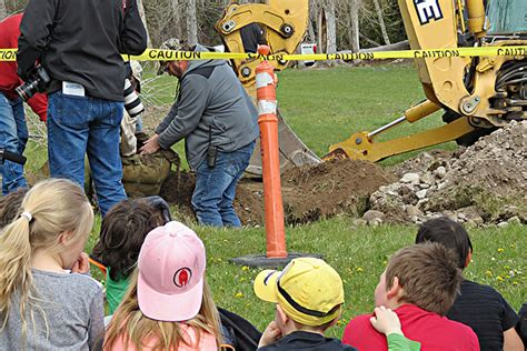 Hamilton Tree Planter by Hamilton Arbor Day Tree Planting