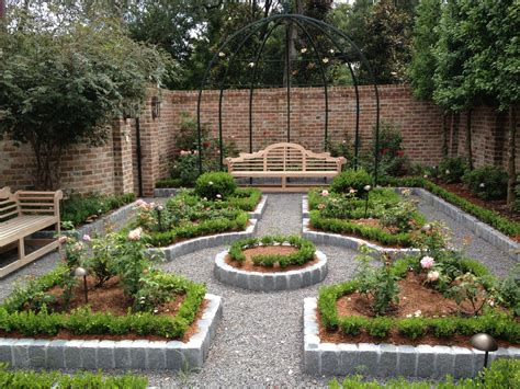 How to Achieve Fun and Exciting Garden Decorating Ideas