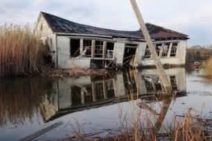 hurricane katrina houses hurricane katrina increased mental and physical health