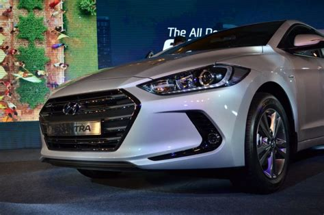 Hyundai Elantra India Price by 2016 Hyundai Elantra India Price Mileage Specifications