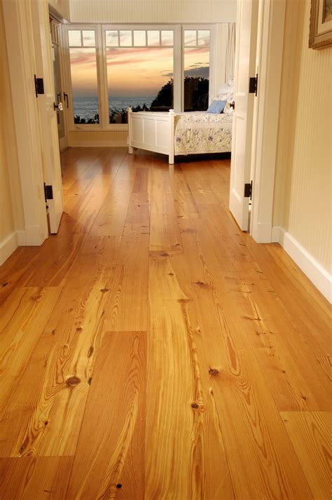 Reclaimed Heart Pine Floors in Oceanfront Bedroom