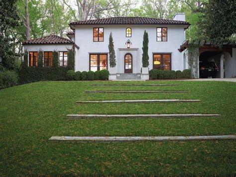 imagenes jardines casas imagenes de fachada de casa con jardin fachadas de casas