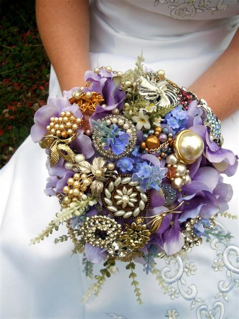 Jewellery Garden Decoration by How To Make A Brooch Bridal Bouquet How Tos Diy