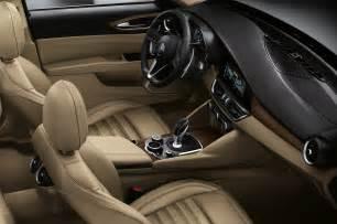 Alfa Romeo Interior Alfa Romeo Giulia Interior 72 Motor Trend