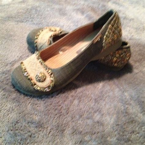 mudd flats shoes 60 mudd shoes brown mudd flats size 8 from