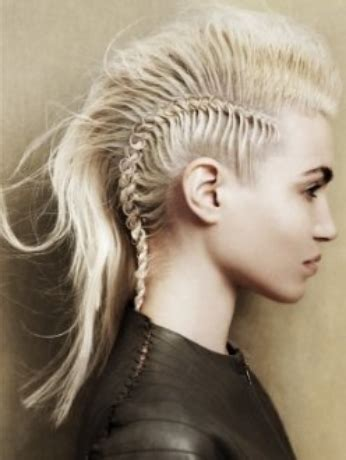cool women hairstyle image.png
