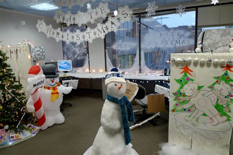 show me christmas decorations for an office call center cubicle design ideas outbounders tv