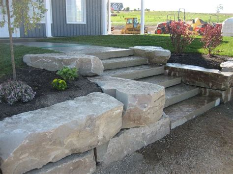 rock wall landscaping 25 best ideas about landscaping retaining walls on retaining walls retaining wall