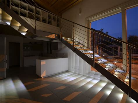 illuminazione scala interna illuminazione scale interne up28 187 regardsdefemmes