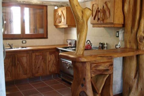 cocinas rusticas como decorar madera