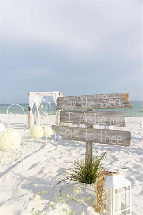 25  Best Ideas about Barefoot Wedding on Pinterest   Beach