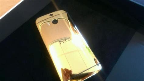 gold wallpaper htc one the htc one m8 comes in 24 carat gold too just ask john
