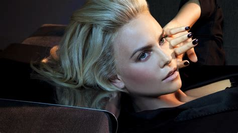 Charlize Theron Got Rid Of The Black Do by Wallpaper Model Glasses Black
