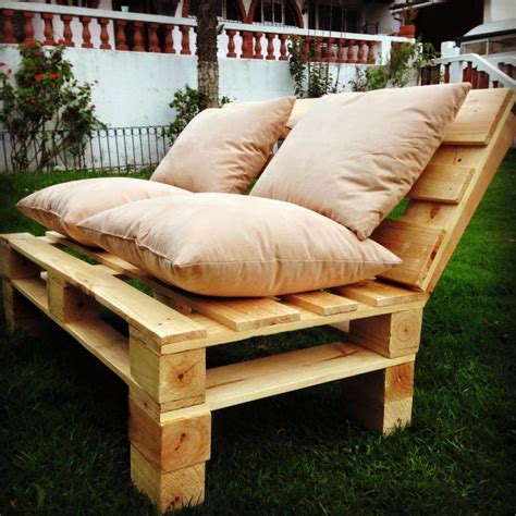 how to make a sofa from pallets pallet patio sofa set 101 pallets
