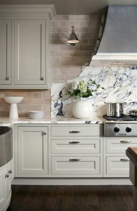 repeindre meuble de cuisine comment repeindre une cuisine id 233 es en photos