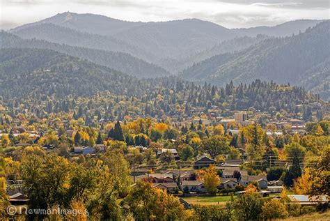 the siskiyou peaks trail from ashland or to mt shasta ca thru the klamath knot books in and around ashland