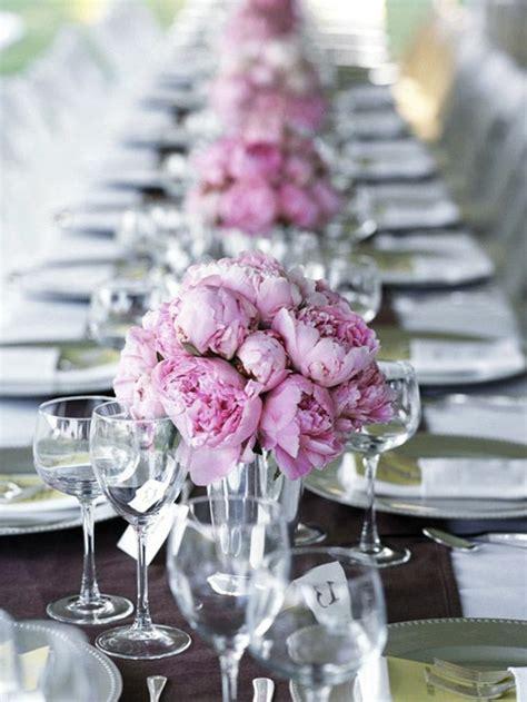 Blumendeko Hochzeitstisch hochzeitstisch deko 30 trendy ideen f 252 r mehr glanz und reiz
