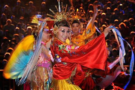 new year traditions and customs in singapore ben aquila s new year 2013 the year of