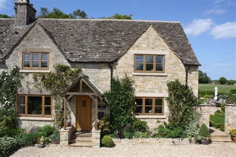 rightmove 4 bedroom house 4 bedroom house for sale in mitford cottages westwell