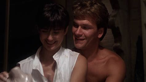 chanson du film ghost unchained melody quot unchained melody quot sc 232 ne culte du film ghost de jerry