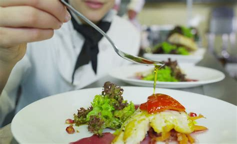 corsi di cucina como corso pratico di cucina a como