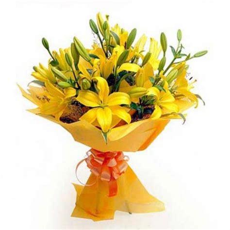 Flower Bouquet by 10 Yellow Lillies Flower Bouquet Myflowergift
