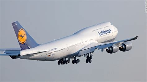 who flies 747 8 boeing s new 747 8 intercontinental same same but