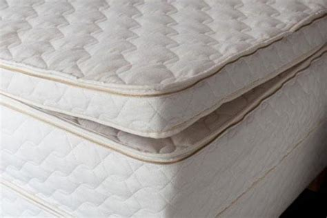 Make Bed More Comfortable by How A Mattress Topper Can Make Your Bed More Comfortable