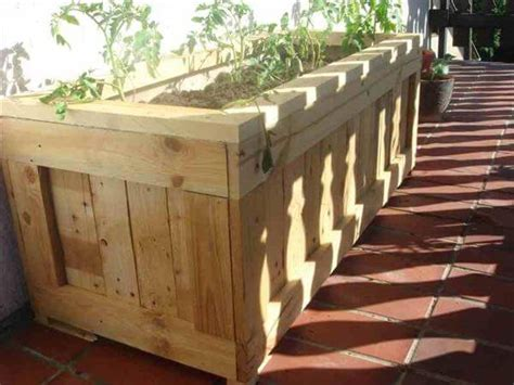 diy upcycled pallet planter 99 pallets