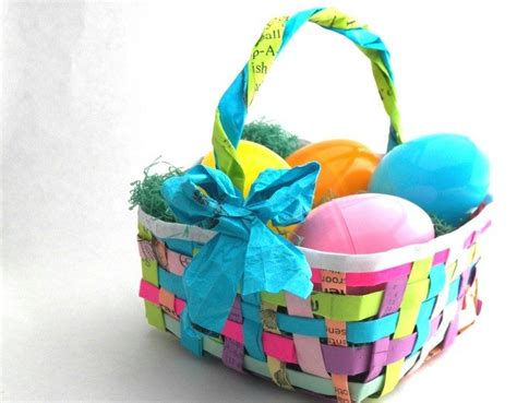 Paper Easter Baskets - how to make woven paper easter baskets craft projects